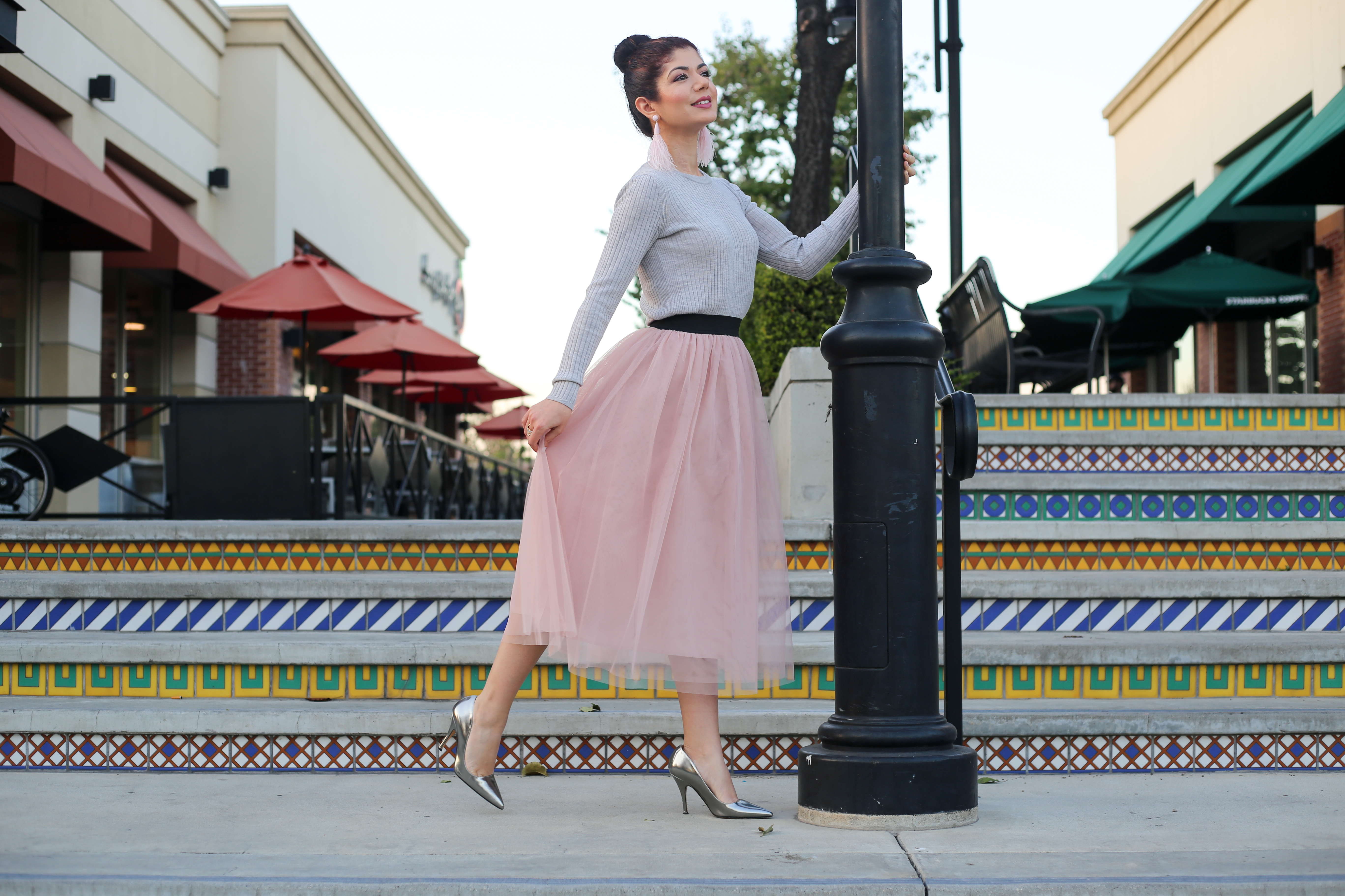 5c4c8856e The Versatility of a Blush Tulle Skirt: Day 2 of 12 Days of Skirtmas